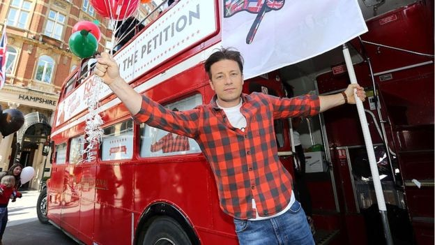 Oliver começou sua carreira na televisão no final dos anos 90 (Foto: Getty Images via BBC News Brasil)