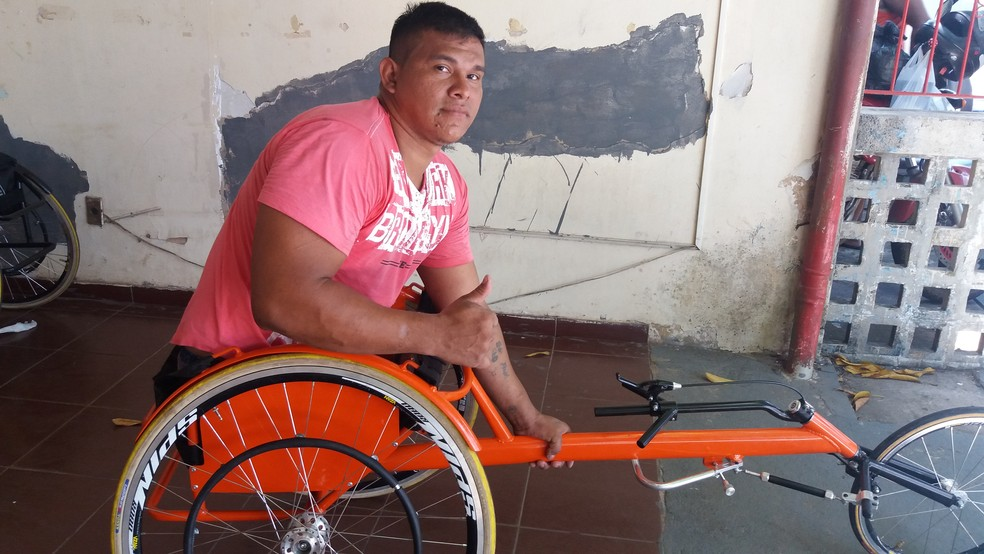 Ralberdan Rodrigues é o 1º no ranking de corrida de rua adaptado (Foto: Carlos Alberto Jr/GE)
