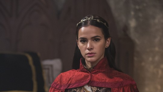 'Deus Salve o Rei': Veja novo visual de Catarina como rainha de Montemor