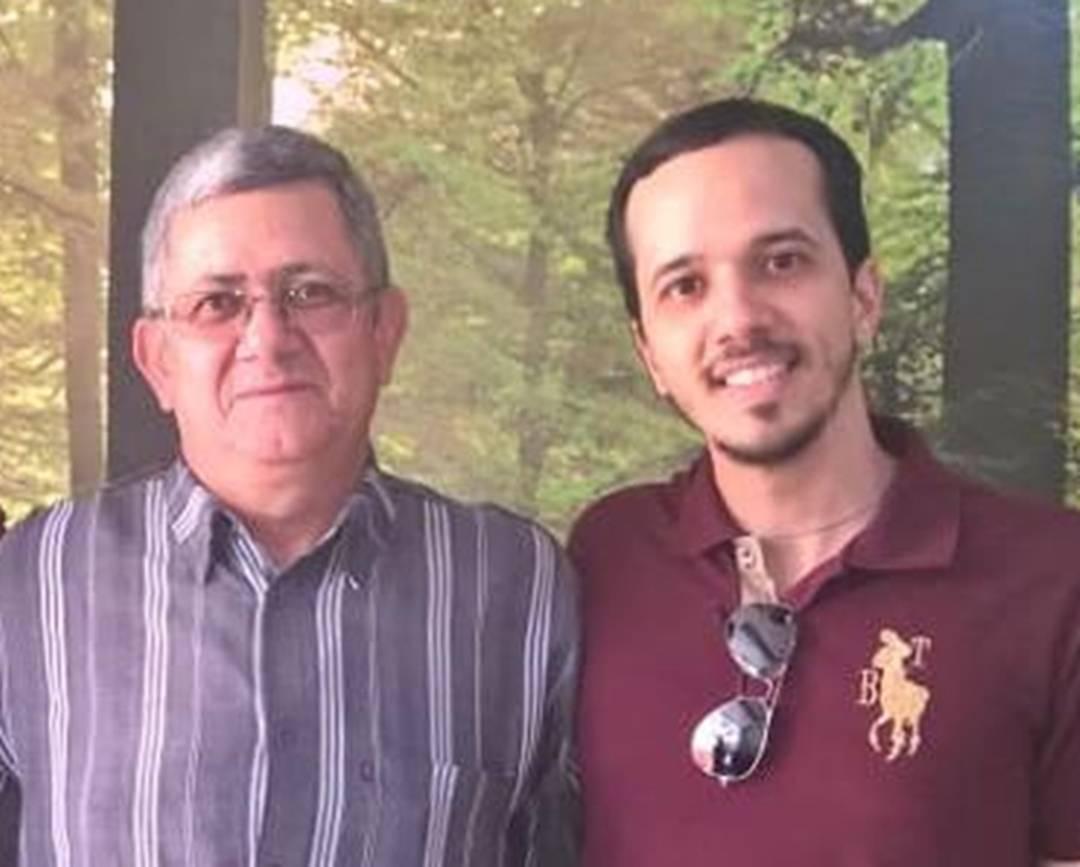 Filho procura pelo pai, Carlos Roberto, que trabalhava na Vale em Brumadinho