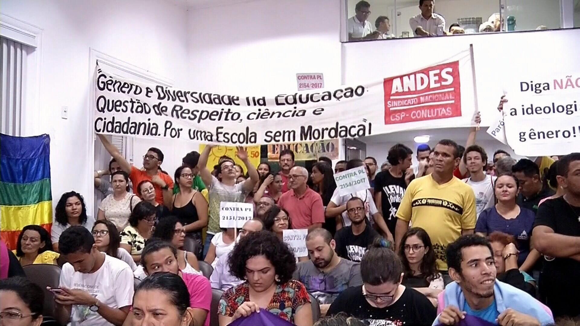 Vereadores mantêm veto a lei para proibir 'ideologia de gênero' em Sobral