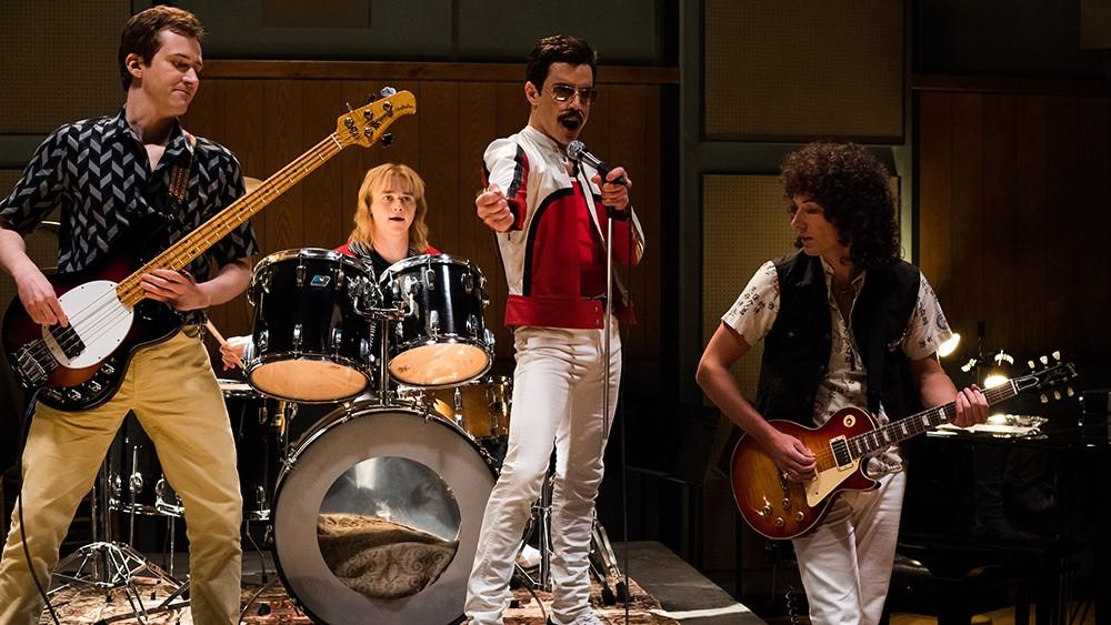 O ator Rami Malek com os demais atores de Bohemian Rahpsody (2018) interpretando os músicos do Queen (Foto: Getty Images)