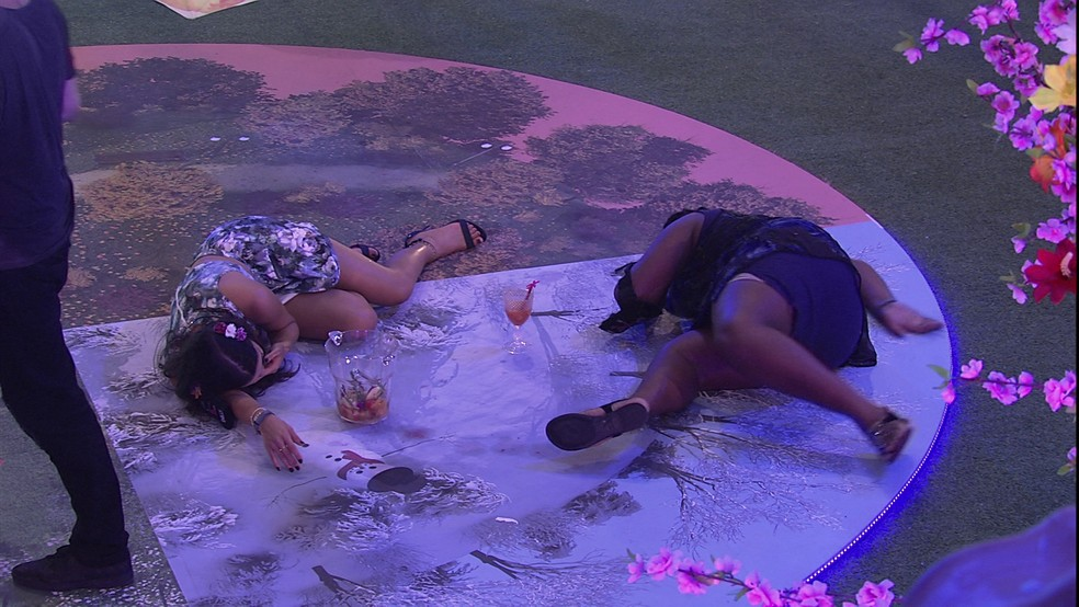 Emilly e Roberta (Foto: TV Globo)