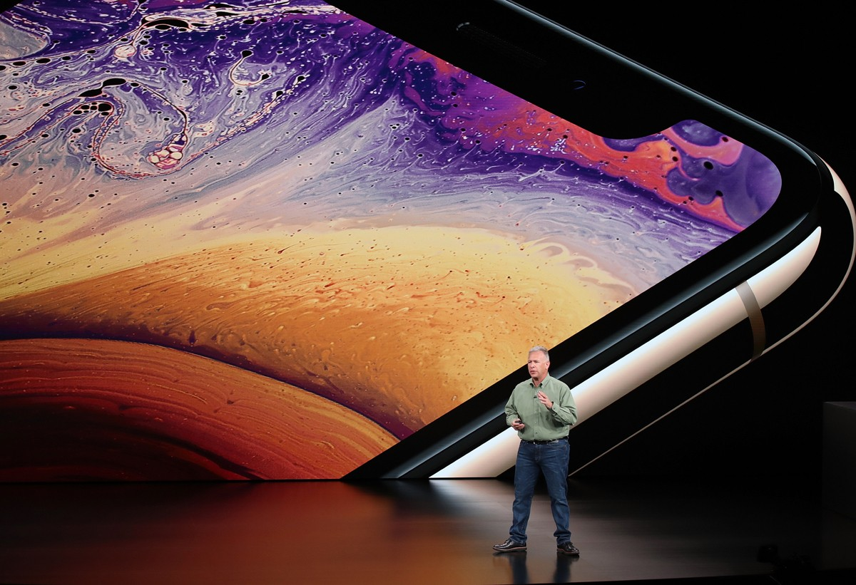 Phil Schiller, do marketing da Apple, apresenta os novos iPhones em Cupertino (Foto: Getty Images)