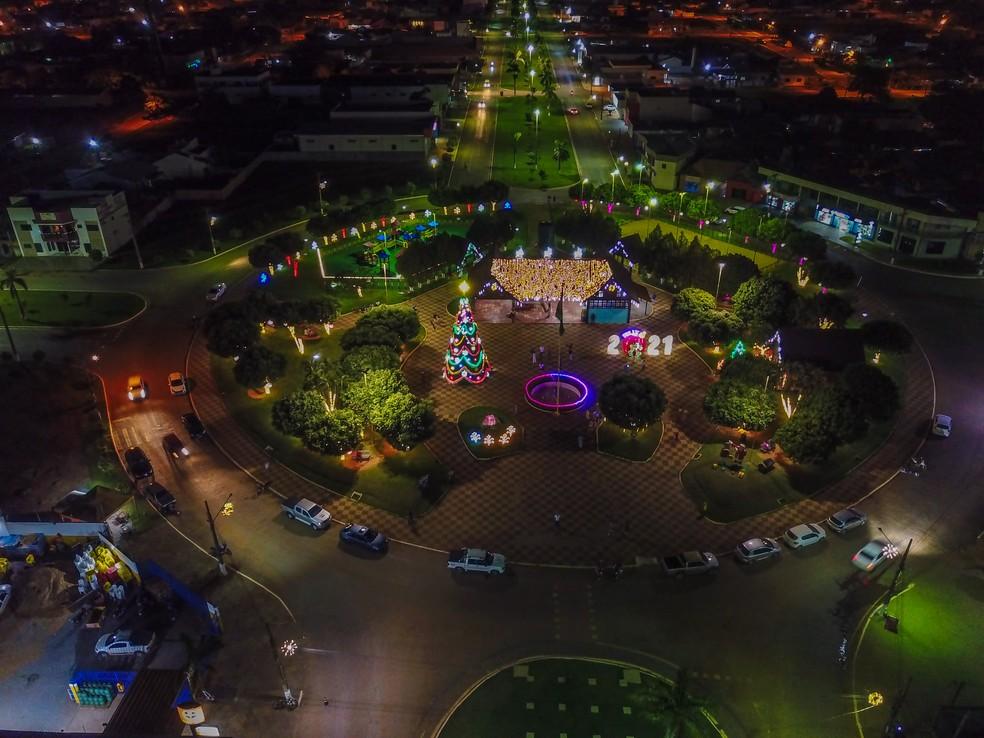 Vista de cima da praça principal de Feliz Natal — Foto: Prefeitura de Feliz Natal/Divulgação