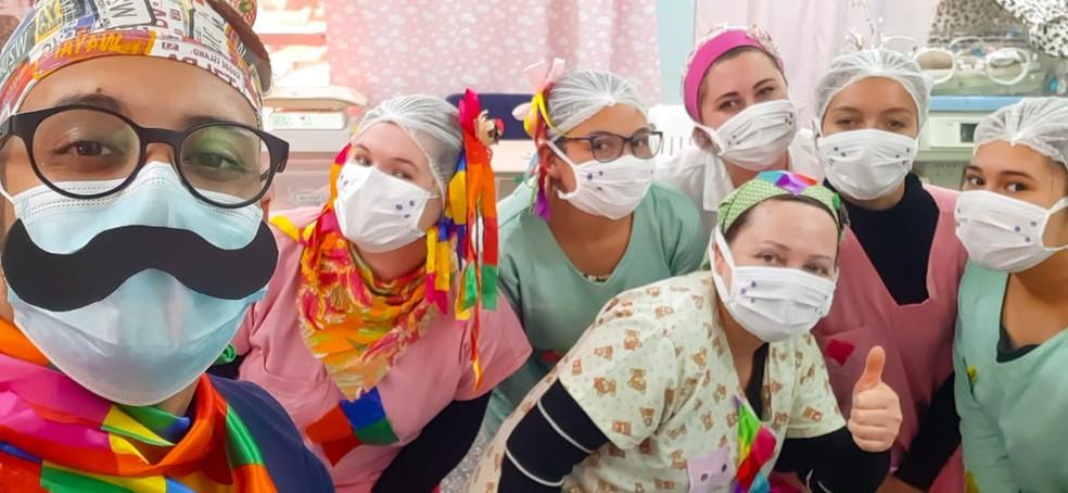 Festa de São João da equipe da UTI neonatal do Instituto Virmond — Foto: Instituto Virmond/Divulgação