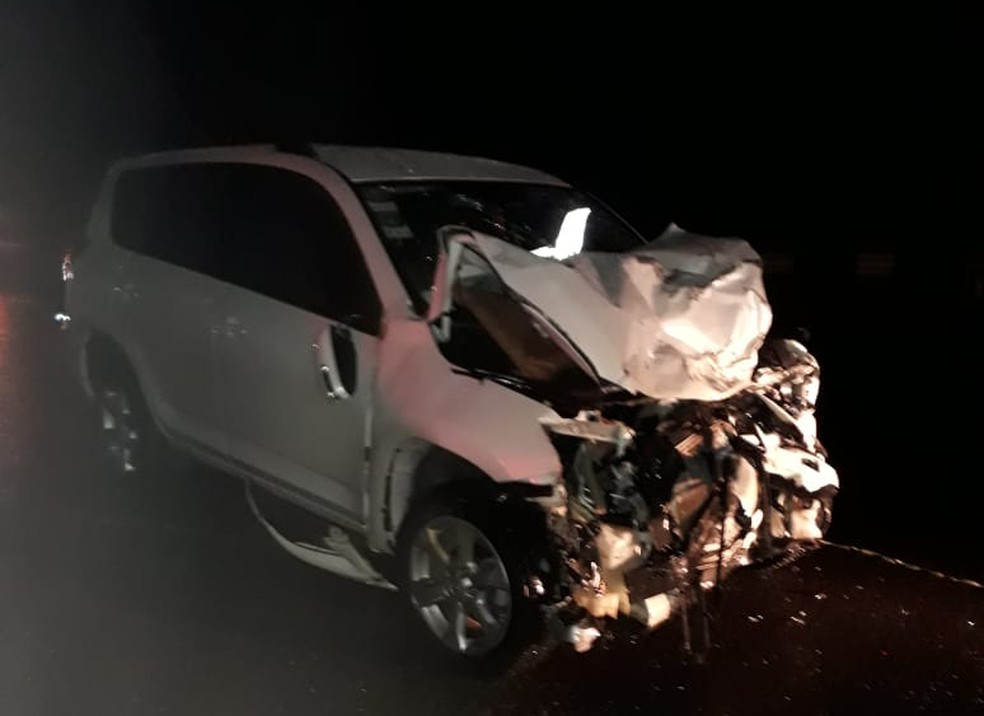 Três mulheres morrem e dois passageiros ficam feridos no acidente  — Foto: Corpo de Bombeiros Militar de Lages/Divulgação