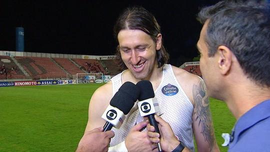 Com defesas, Cássio completa 400 jogos pelo Corinthians e se diz motivado por mais marcas