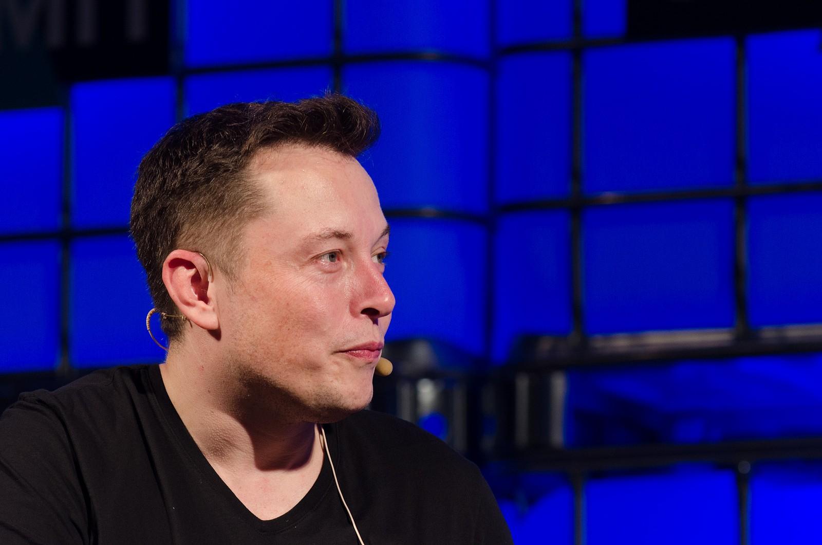 Elon Musk, dono da Tesla, preocupa investidores da empresa por causa do seu comportamento na internet (Foto: Flickr/Heisenberg Media/Creative Commons)