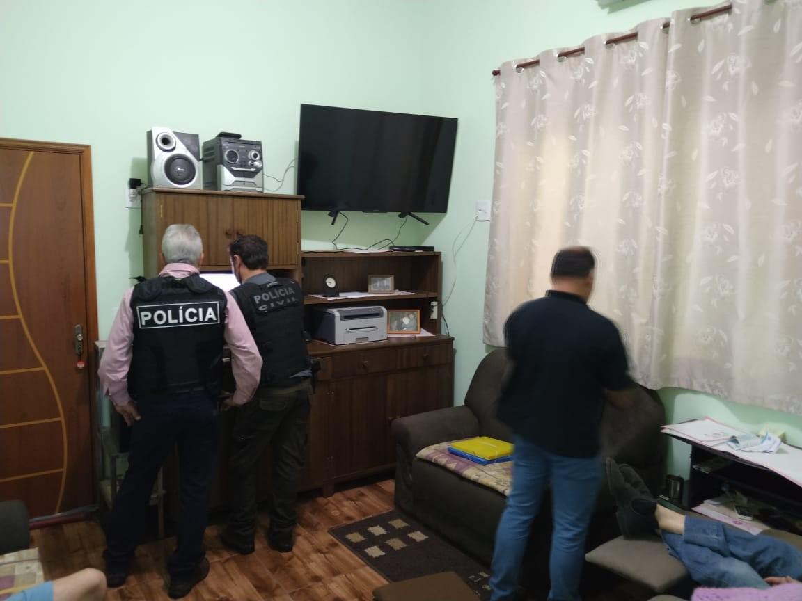 Polícia Civil prende três homens em operação contra exploração sexual nas regiões de Itapetininga e Sorocaba