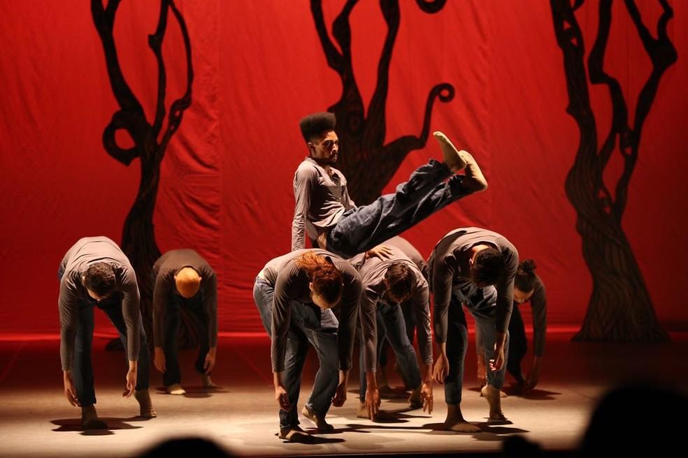 Espetáculo da Fohat Cia de Dança. Goiânia-GO — Foto: Divulgação