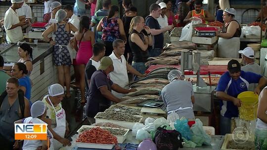 Venda de peixes movimenta Mercado de São José, no Centro do Recife
