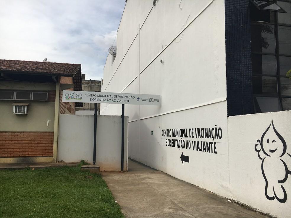 Centro Municipal de Vacinação, no setor do Pedro Ludovico, em Goiânia (Foto: Vanessa Chaves/G1)