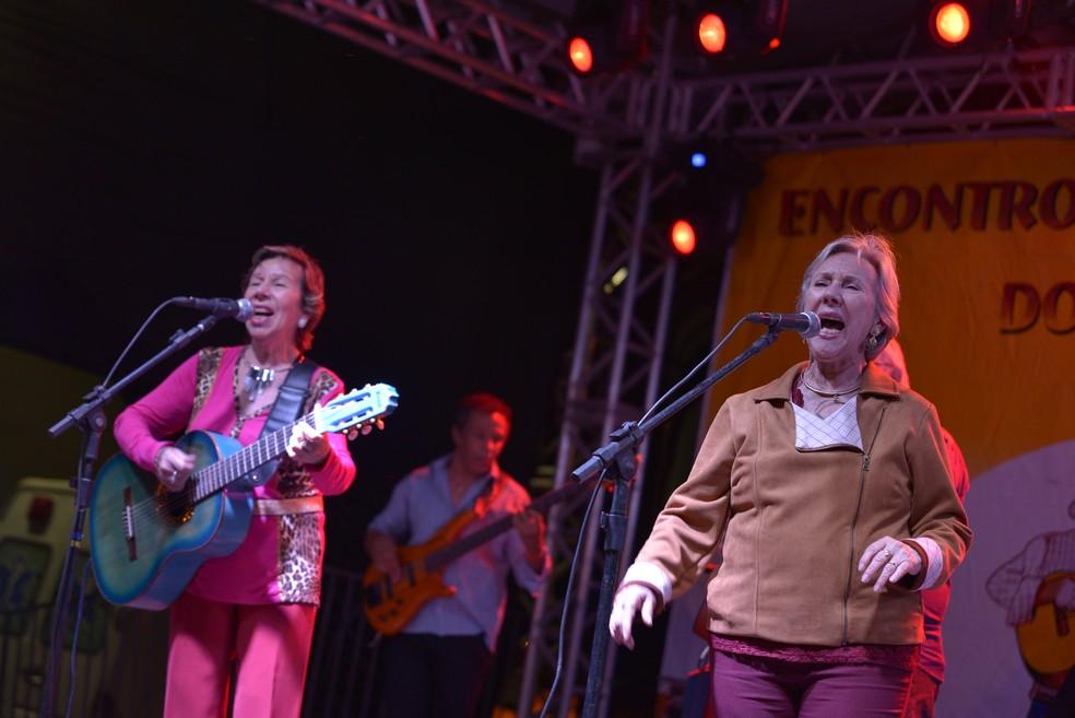 A dupla de música caipira Mary e Marilene, conhecida como As Galvão — Foto: Luiz e Rafael Fernandes/Divulgação