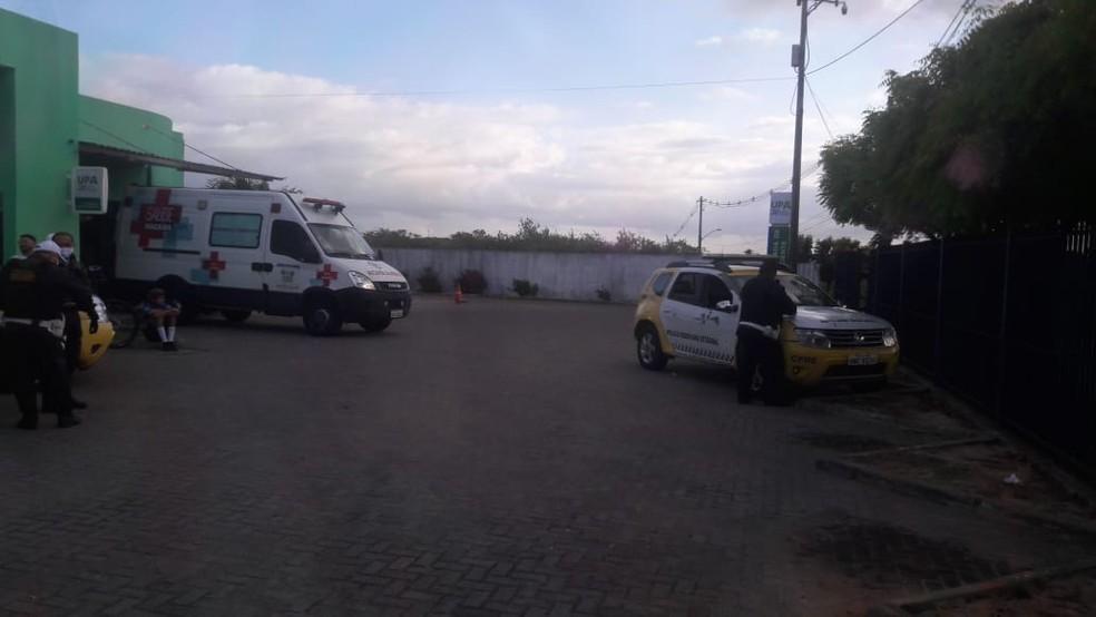 Criminosos baleados foram levados para o Hospital Deoclécio Marques, em Parnamirim — Foto: Divulgação/PM