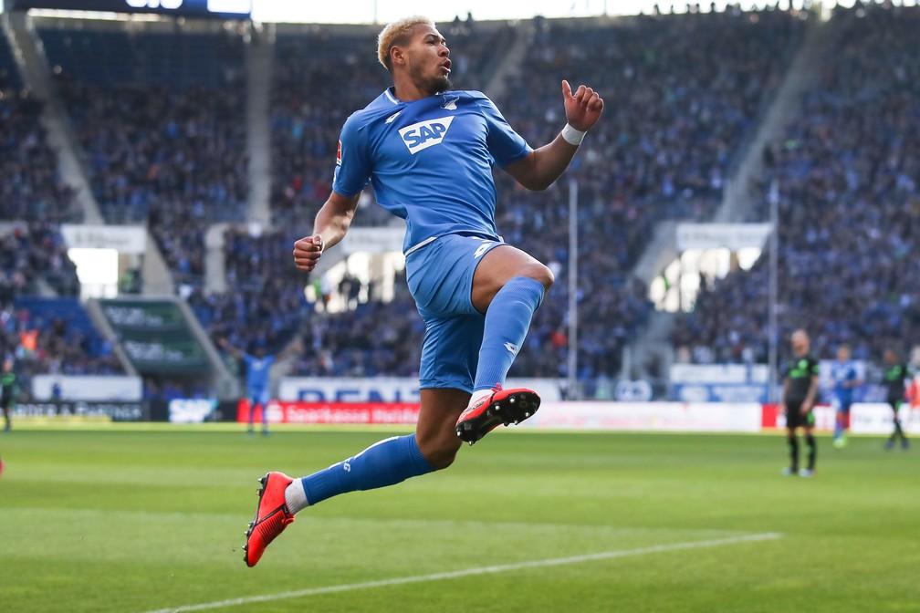 Joelinton em ação pelo Hoffenheim — Foto: Getty Images/AFP
