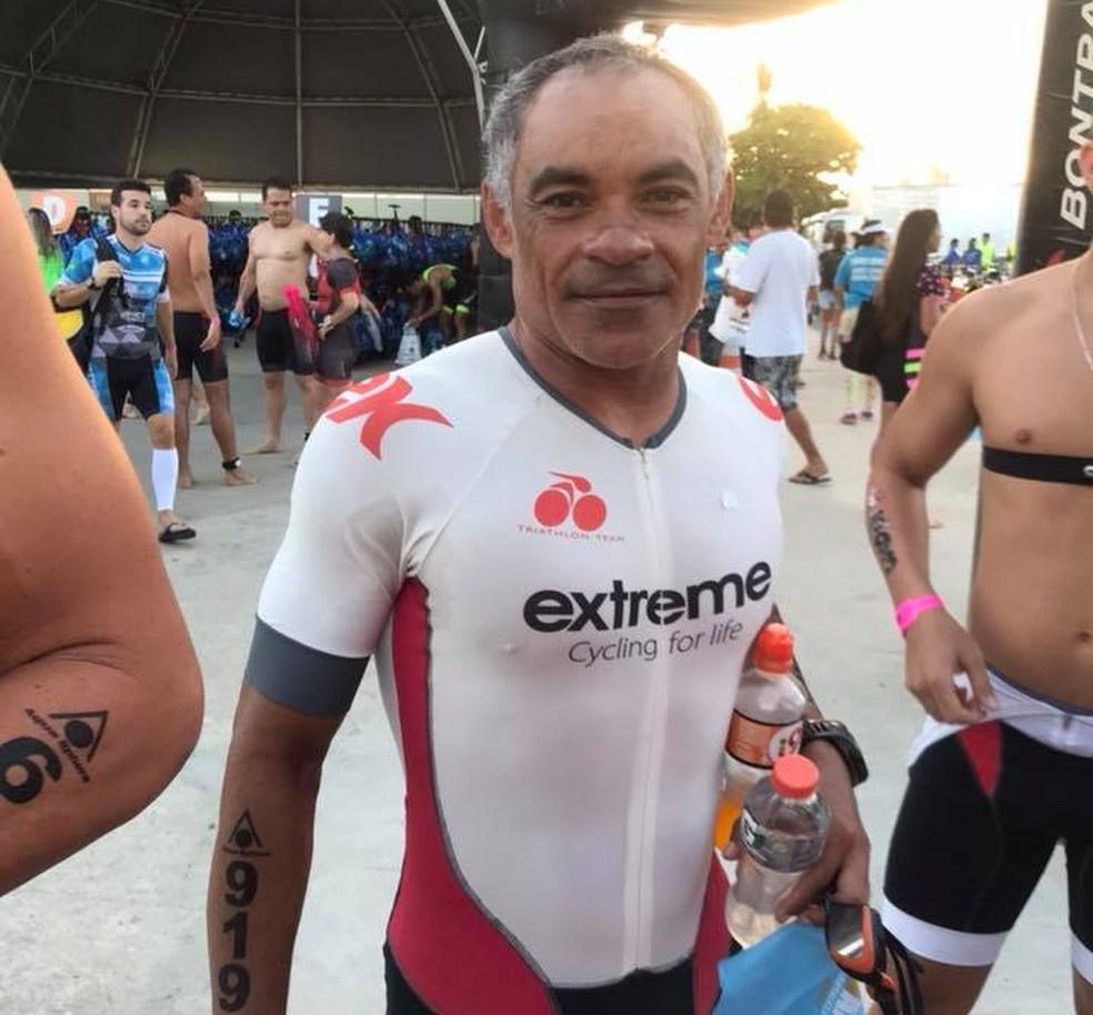 Genilson Lima, 48 anos, desapareceu durante a prova de natação do Ironman neste domingo  (Foto: Reprodução/ Facebook Gabriela Lima)
