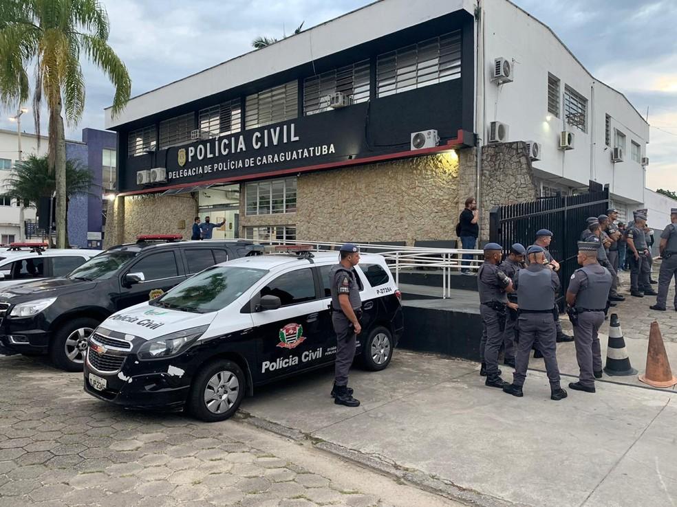 Polícia e MP realizam operação contra  crime organizado em Caraguatatuba, SP — Foto: João Mota/TV Vanguarda