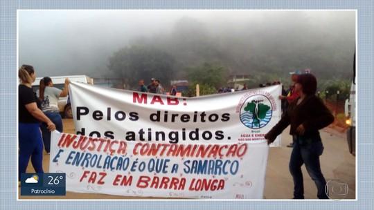 Ato de atingidos por rompimento de barragem entra na segunda semana em Barra Longa