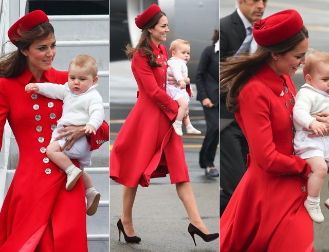 Kate Middleton em passagem pela Nova Zelândia com um Catherine Walker, marca que foi favorita da princesa Diana  (Foto: Getty Images)