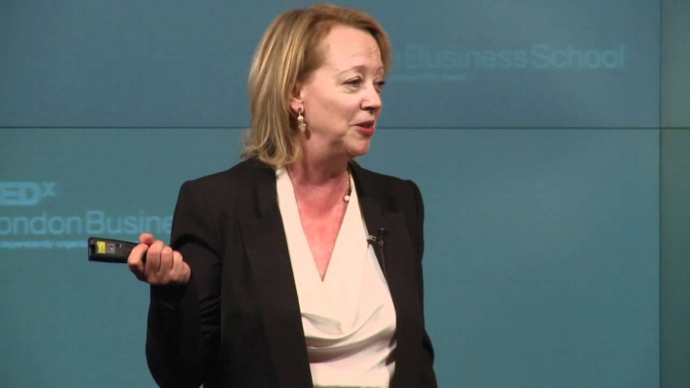 "Lynda Gratton, professora da London Business School e coautora do livro ""The 100-year life: living and working in an age of longevity"" — Foto: YouTube"