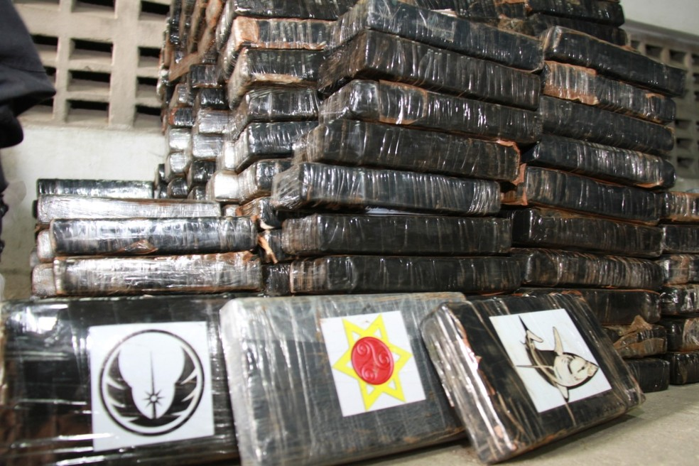 Cerca de 1,5 toneladas de cocaína são apreendidas no bairro de Pirajá — Foto: Divulgação/SSP-BA