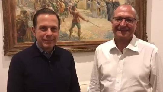 Risco de ser visto como 'traidor' levou Doria a elogiar Alckmin
