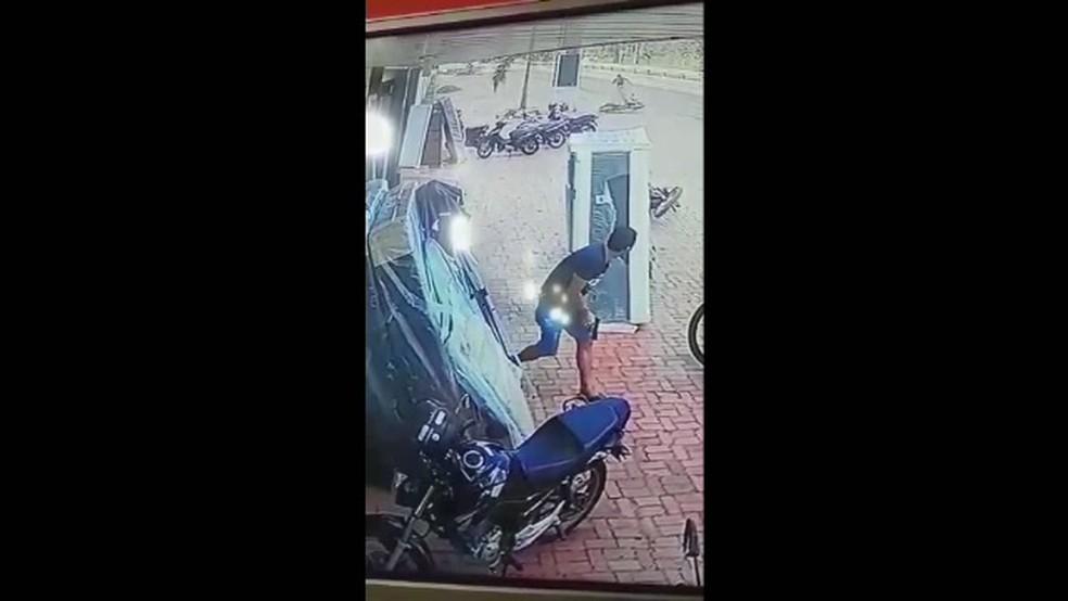 No AC, sargento da PM é baleado durante tentativa de assalto e seis são presos pelo crime — Foto: Reprodução