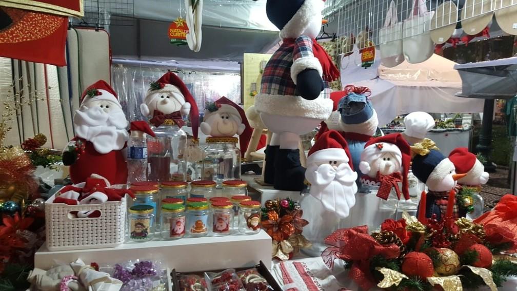 Comerciantes de Curitiba estão otimistas para as vendas de Natal — Foto: Natalia Filippin/G1