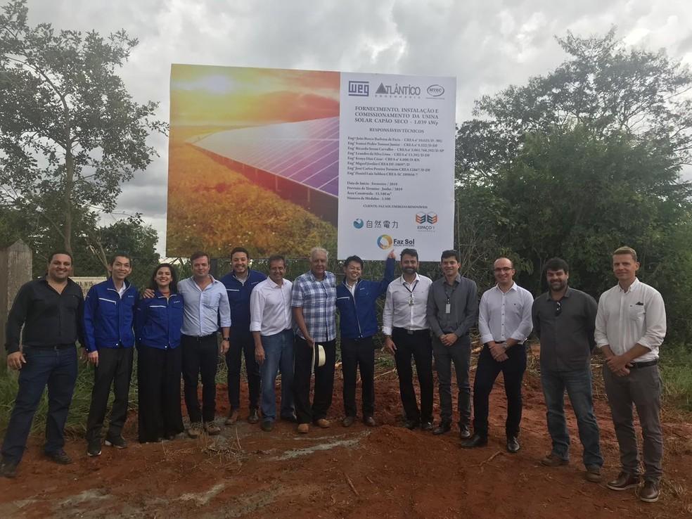 Evento de lançamento da Fazsol, usina de geração de energia solar, no Paranoá/DF — Foto: Divulgação Shizen Energy
