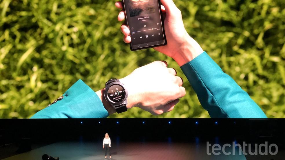 Samsung promete que bateria do Galaxy Watch vai durar vários dias (Foto: Thássius Veloso/TechTudo)