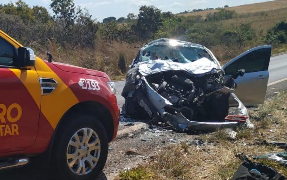 Acidente na GO-139, em Caldas Novas, em Goiás — Foto: Divulgação/Corpo de Bombeiros