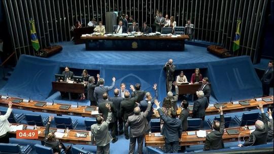 Senado aprova MP que reduz burocracia, mas retira trabalho aos domingos