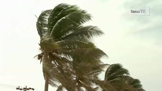Com aproximação de ciclone, cidade de Omã começa a ser evacuada
