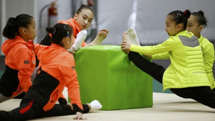 Ginástica olímpica China (Foto: REUTERS/Damir Sagolj )