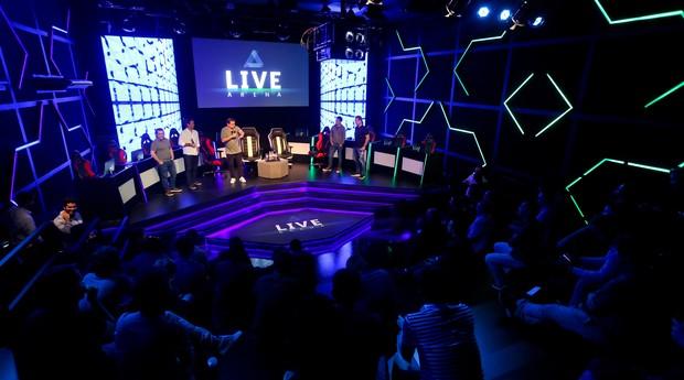 A Live Arena funciona como espaço para jovens jogarem online (Foto: Divulgação)