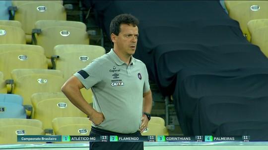 Analistas questionam trabalho de Fernando Diniz que vem de cinco derrotas no Atlético-PR