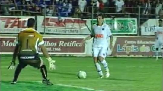 Memórias de Montillo: cavada contra o Fla, golaços, Neymar, Messi e até Jair