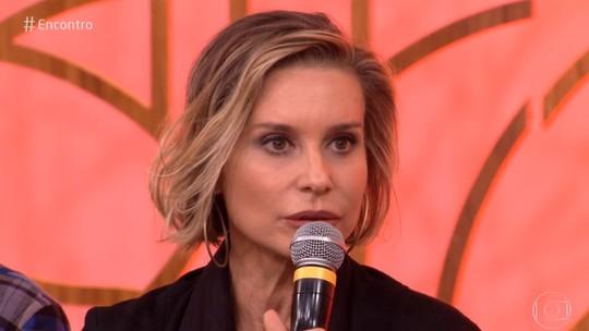 Paula Burlamaqui diz que teve sorte no início da carreira: 'Eu estava na praia e passou um cara que mudou minha vida'