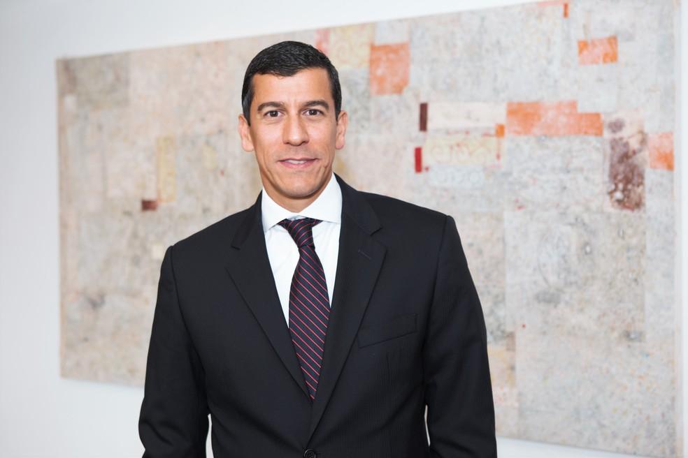 O advogado André de Almeida, de 44 anos, autor da class action que prevê indenização de US$ 2,9 bilhões aos investidores da Petrobras no exterior (Foto: André de Almeida/Divulgação)