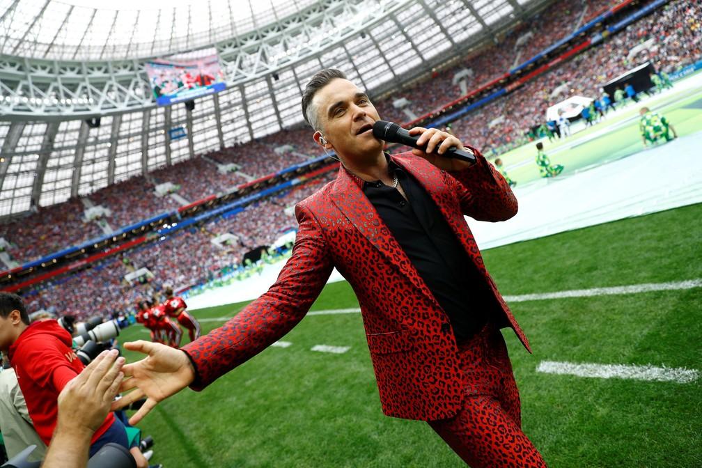 Robbie Williams canta na Abertura da Copa do Mundo na Rússia (Foto: Reuters/Kai Pfaffenbach)