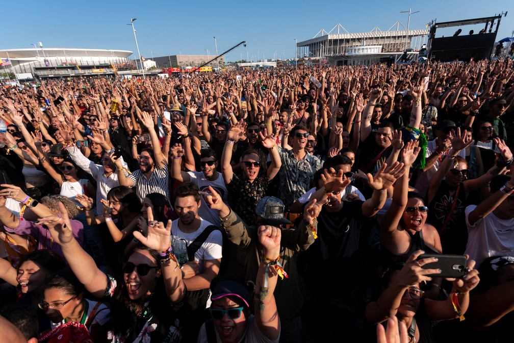 Público no palco Sunset do Rock in Rio 2019 — Foto: Marcelo Brandt/G1