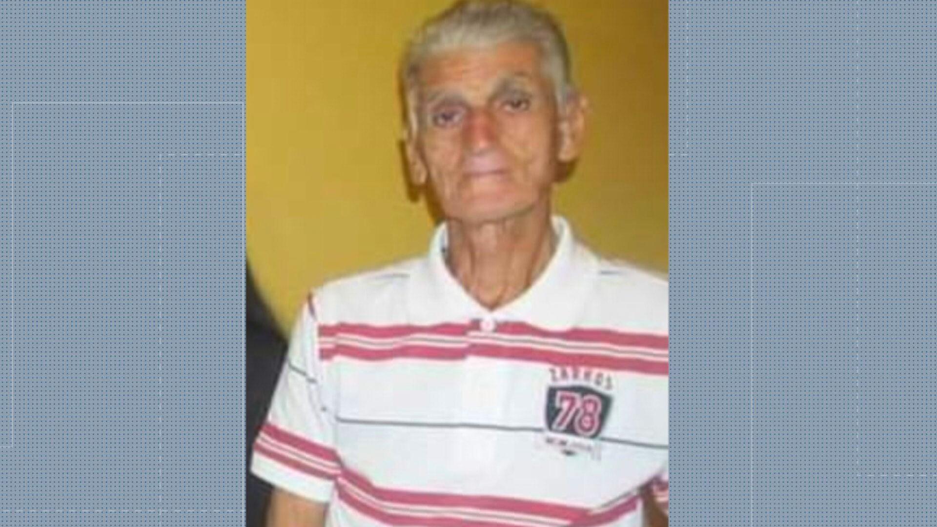 Idoso de 80 anos com câncer espera tratamento desde janeiro