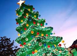 Árvore de Natal na Legoland (Foto: Divulgação)