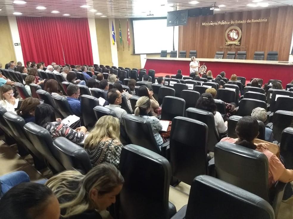 Encontro sobre educação inclusiva nas escolas particulares de Porto Velho — Foto: Diêgo Holanda/G1