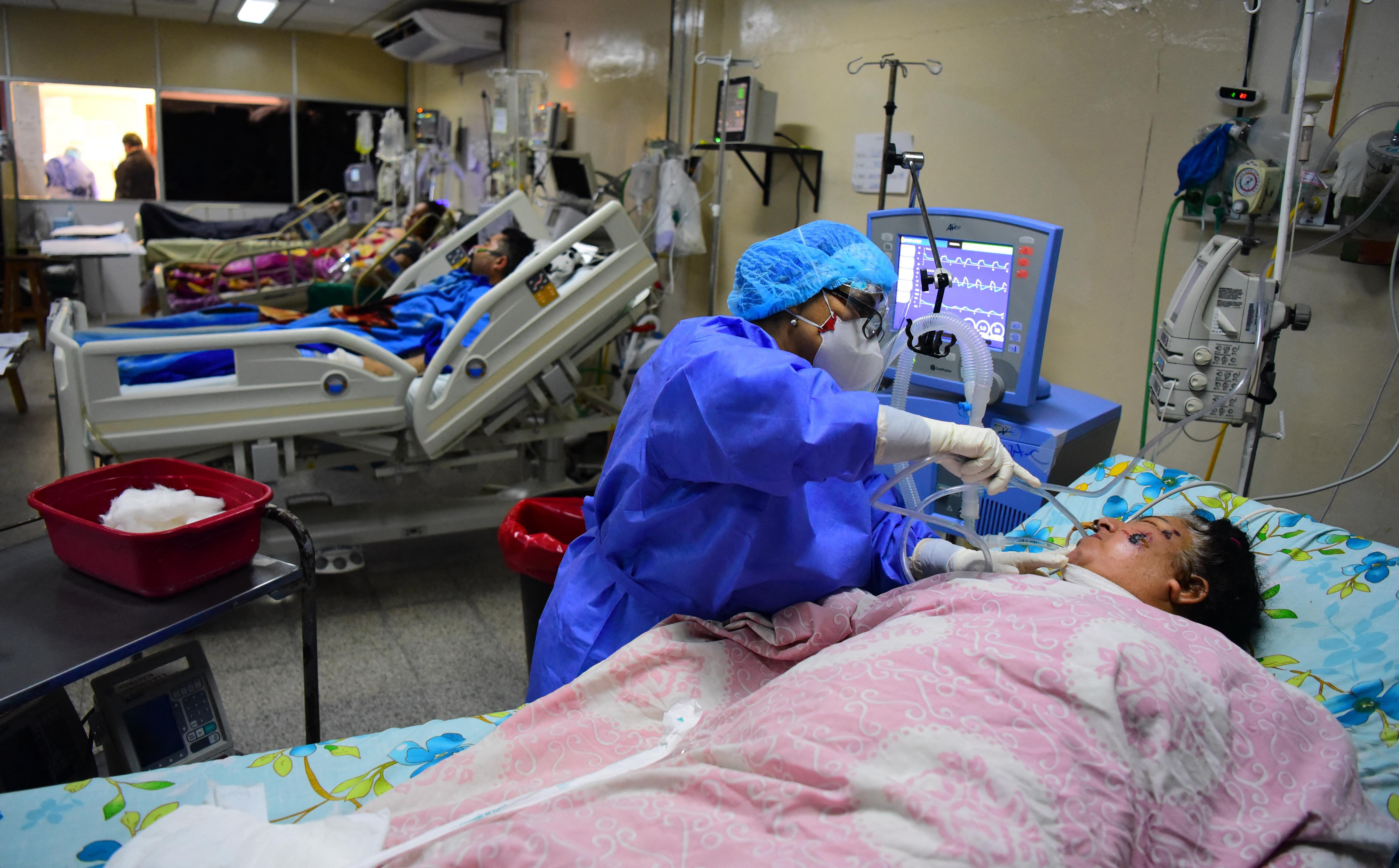 Paraguai vive pior momento da pandemia de Covid-19 com falta de oxigênio em hospitais