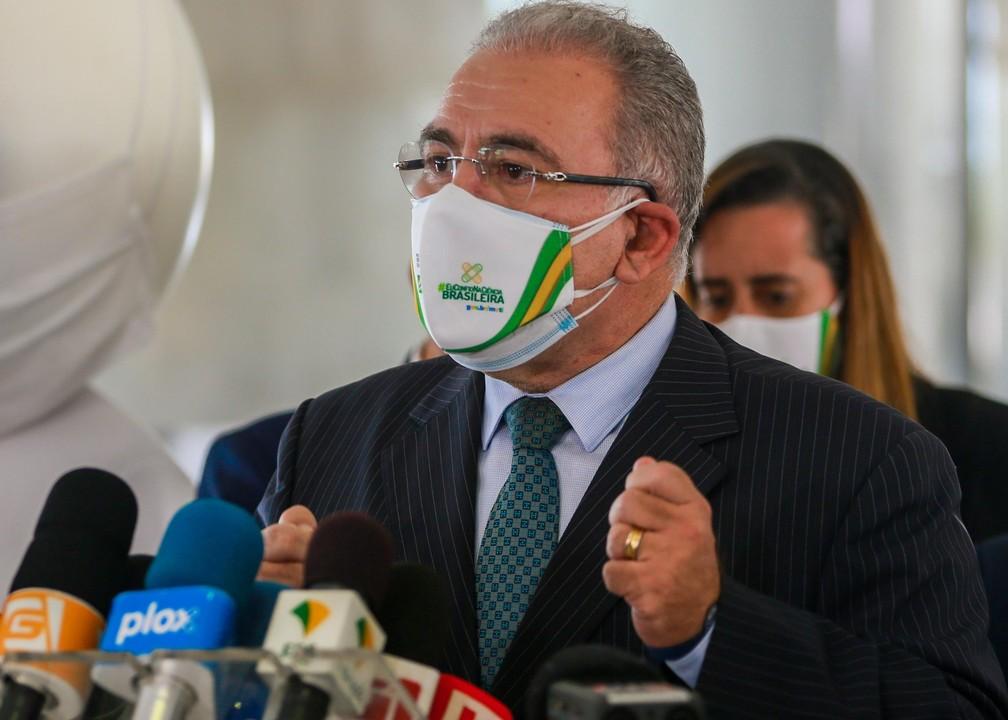 O ministro da Saúde, Marcelo Queiroga, durante pronunciamento nesta sexta-feira (26) — Foto: CLÁUDIO MARQUES/FUTURA PRESS/ESTADÃO CONTEÚDO