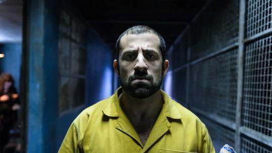 Kaysar Dadour resgata passado de guerra na Síria para viver terrorista em 'Carcereiros - O Filme'