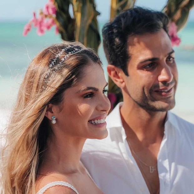 Bárbara Evans e Gustavo Theodoro (Foto: Reprodução/Instagram)