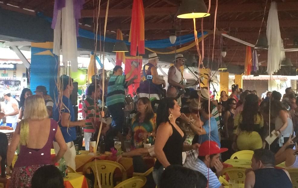 Mercado da 74 foi palco de uma festa tradicional de carnaval em Goiânia, Goiás — Foto: Vitor Santana/G1